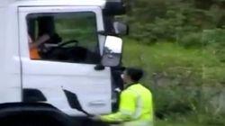 La brutal agresión de un conductor a otro tras un accidente