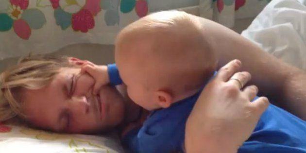 Los niños se toman la revancha despertando a sus padres