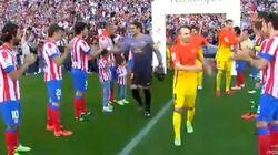 El pasillo del Atlético al Barça