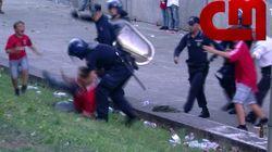 El niño que vio aterrado como un policía pegaba a su