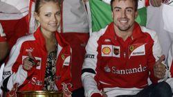 La celebración de Fernando Alonso con su novia
