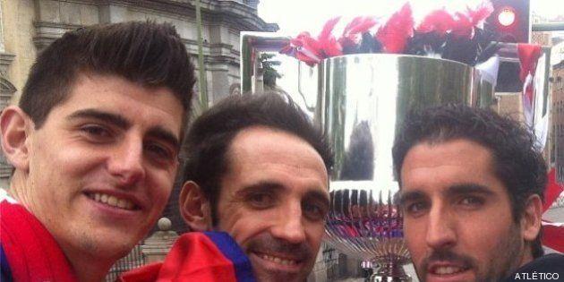 El Atlético pasea la Copa del Rey por las calles de Madrid