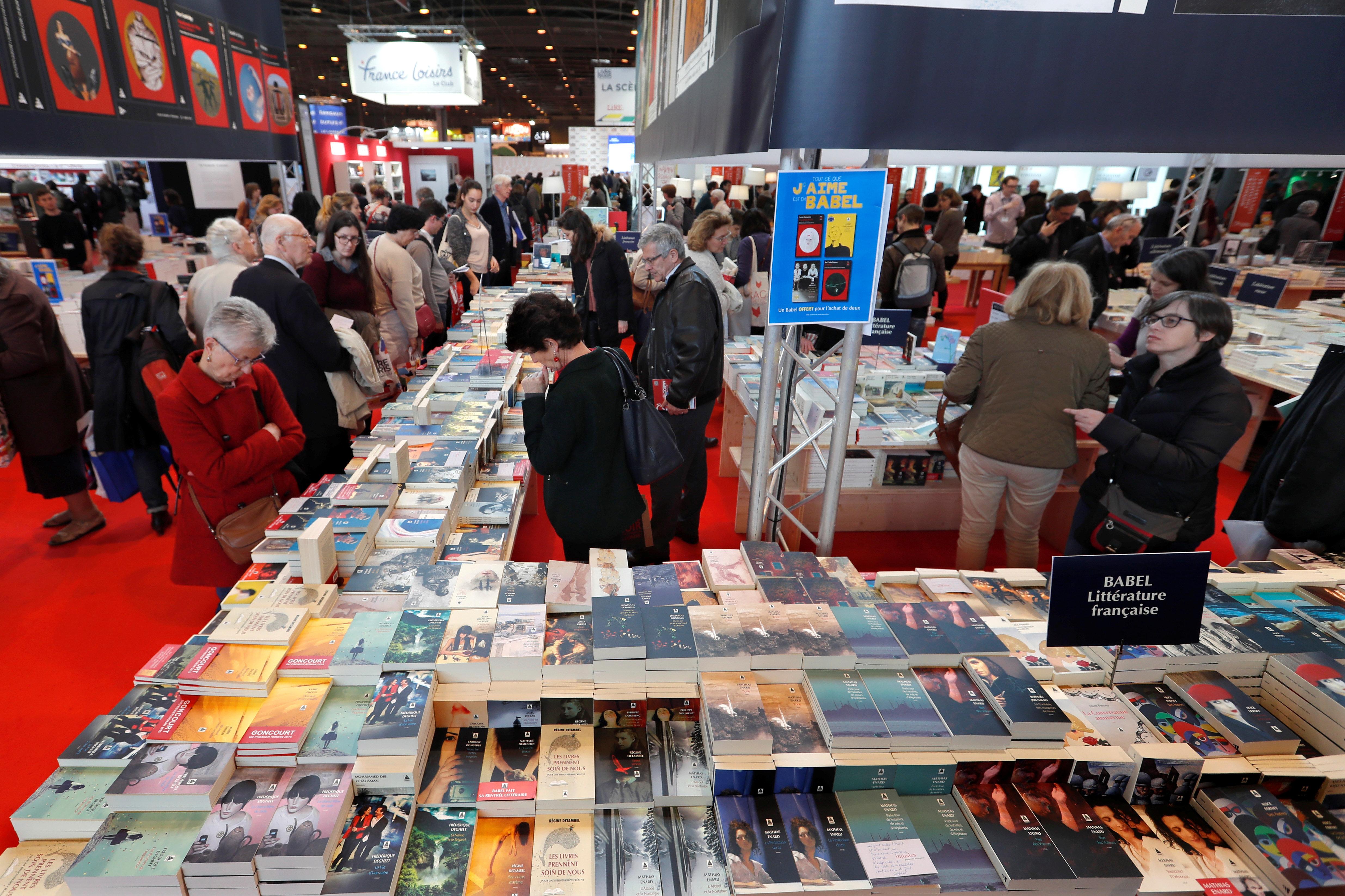 15 éditeurs, plus de 1000 ouvrages et 10 auteurs en dédicace au stand de la Tunisie au Salon du livre de