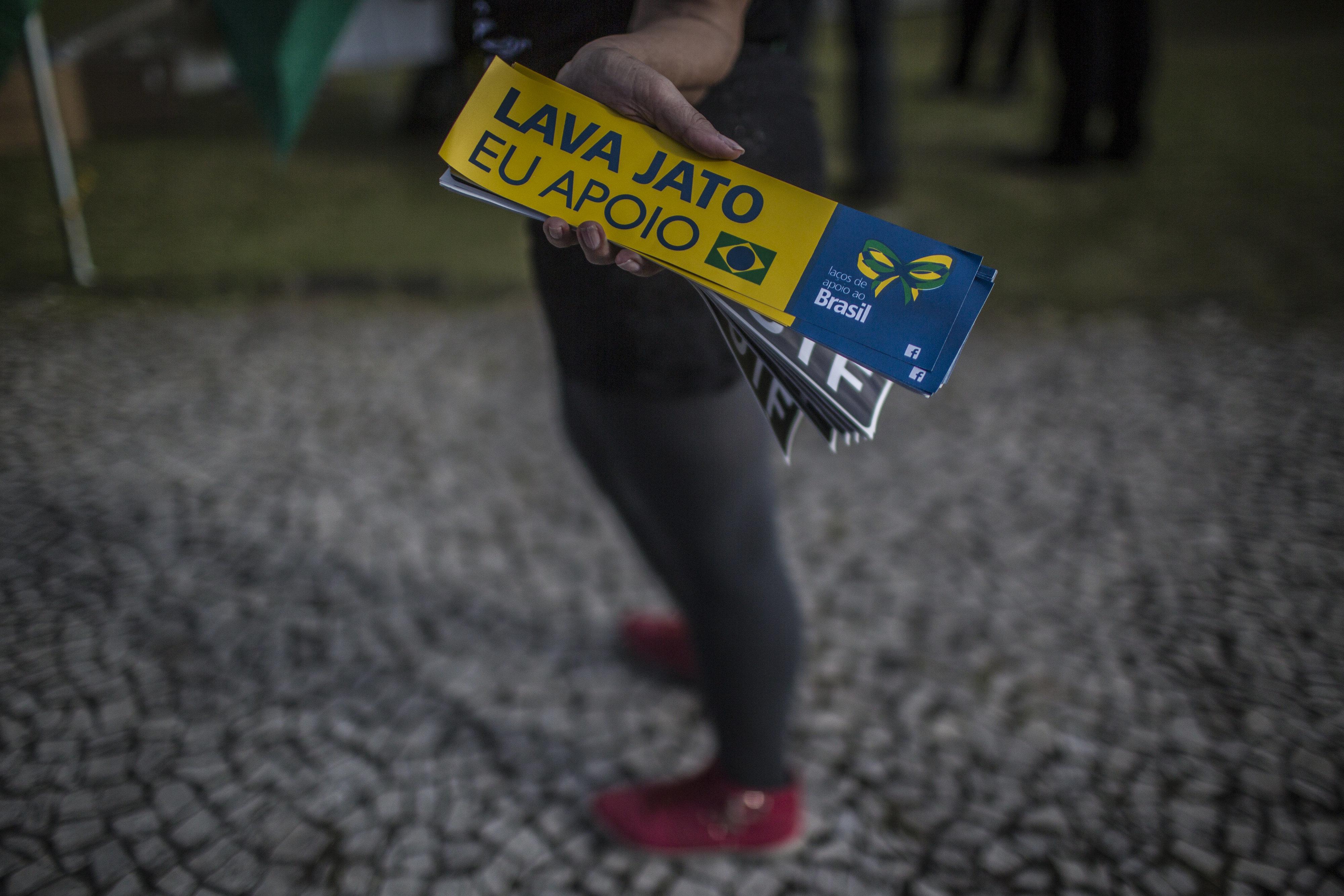 Além da Petrobras, a Lava Jato atingiu as principais empresas do País, políticos,...