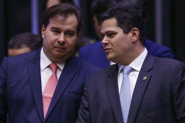 O acordo feito pelo ministro da Defesa, Fernando Azevedo e Silva, com o presidente da Câmara, Rodrigo...