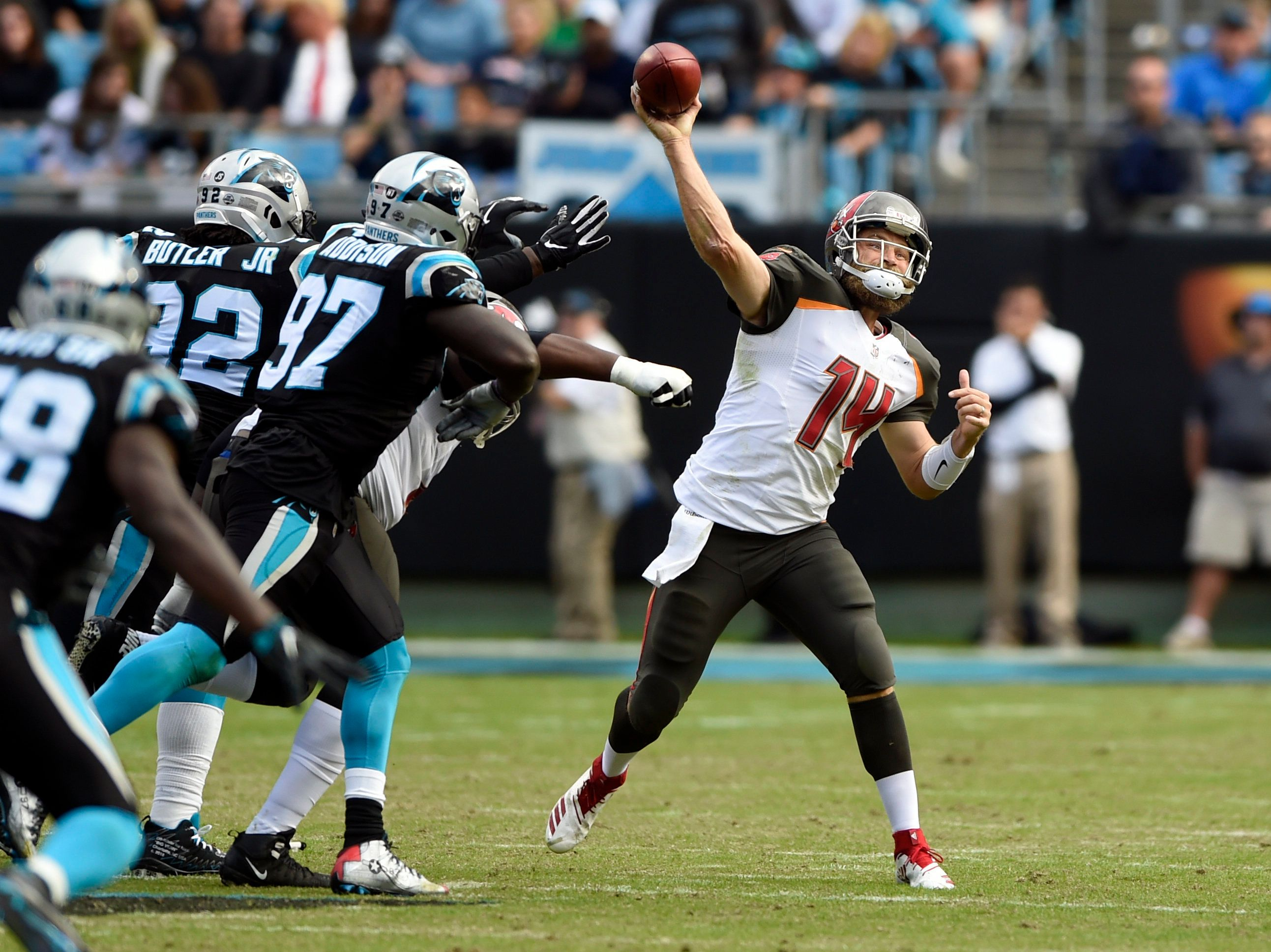 Ryan Fitzpatrick signs a two-year deal with the Miami Dolphins (AP Photo/Mike McCarn).