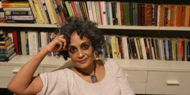 La escritora hindú Arundhati