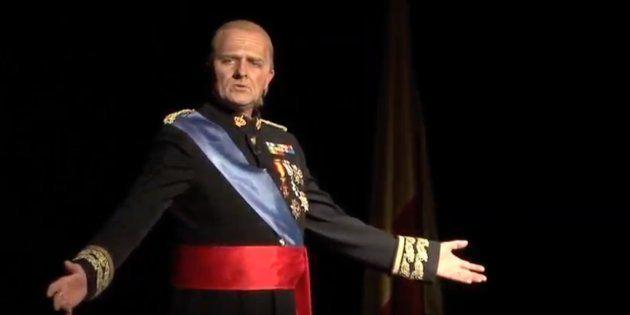 Toni Albà, en el papel de Juan Carlos