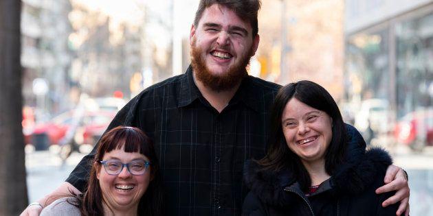 De izquiera a derecha: Montse Vilarrassa, Lluc Valls y Clara Hervás, el pasado lunes en