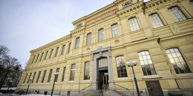 Fachada de la biblioteca de Estocolmo