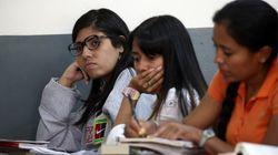 En Venezuela por 50 euros es posible estudiar un año en la universidad... pero la mayoría abandona la