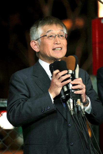 暴言問題で辞職した泉房穂氏が明石市長に3選。4月の統一地方選で再び選挙へ