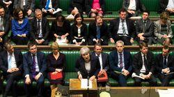 Los Comunes piden a la UE que retrase el Brexit y rechazan un segundo referéndum sobre la