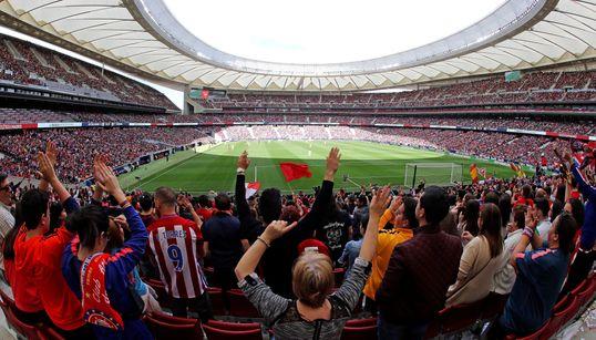 Histórico: Más de 60.000 personas viendo un partido de fútbol