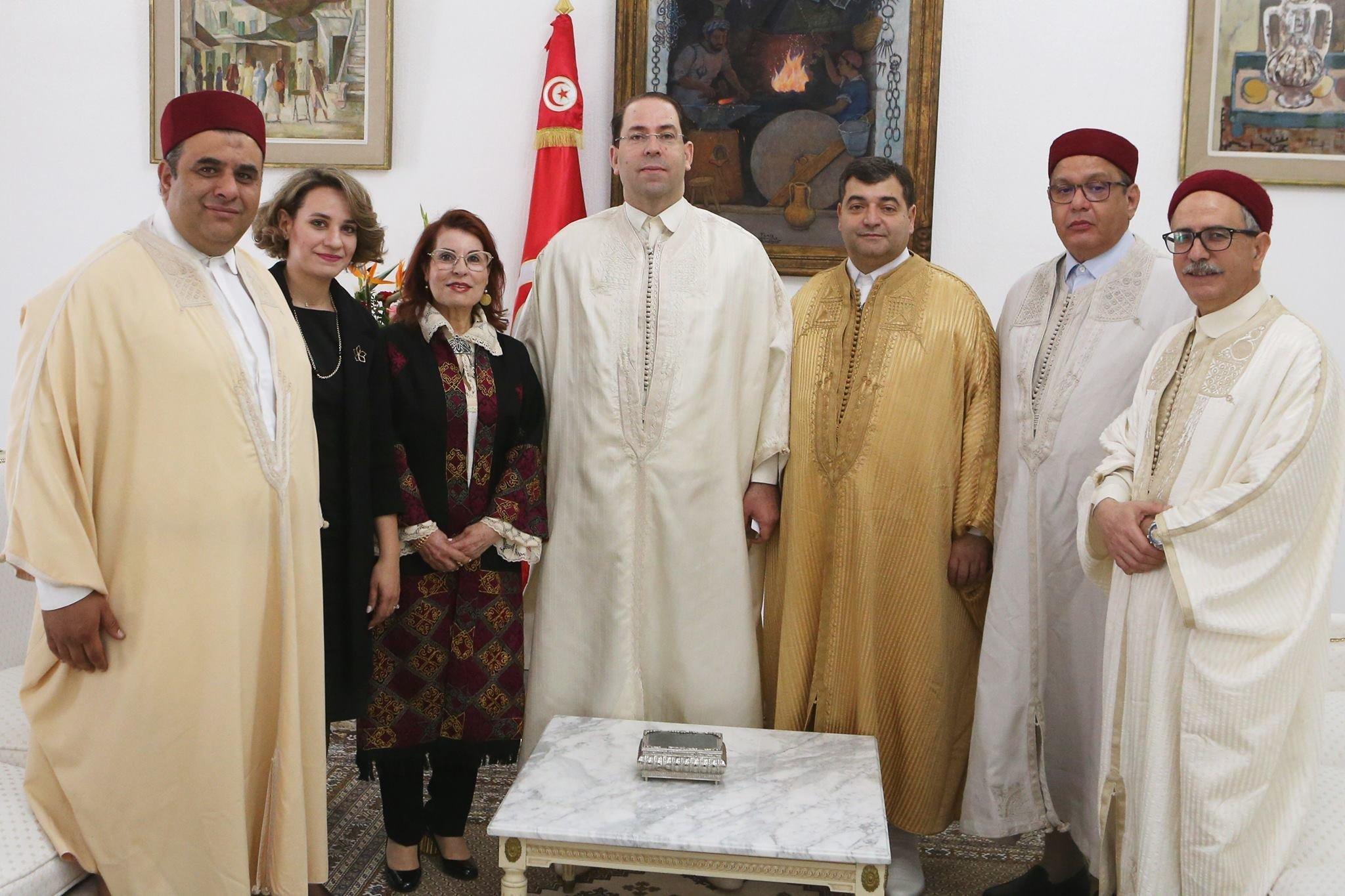 Célébration de la journée nationale de l'habit traditionnel: Personnalités politiques et fonctionnaires jouent le