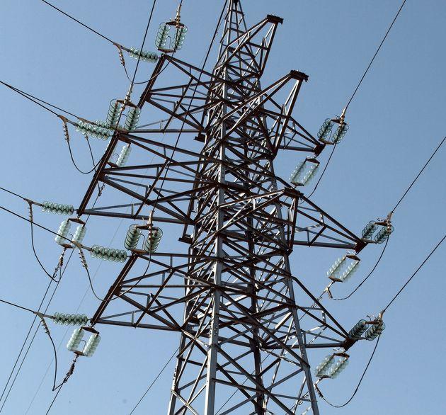 Tendido eléctrico de la compañía eléctrica