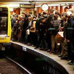 Equal Pay Day: Warum Frauen in Berlin heute günstiger mit dem Nahverkehr