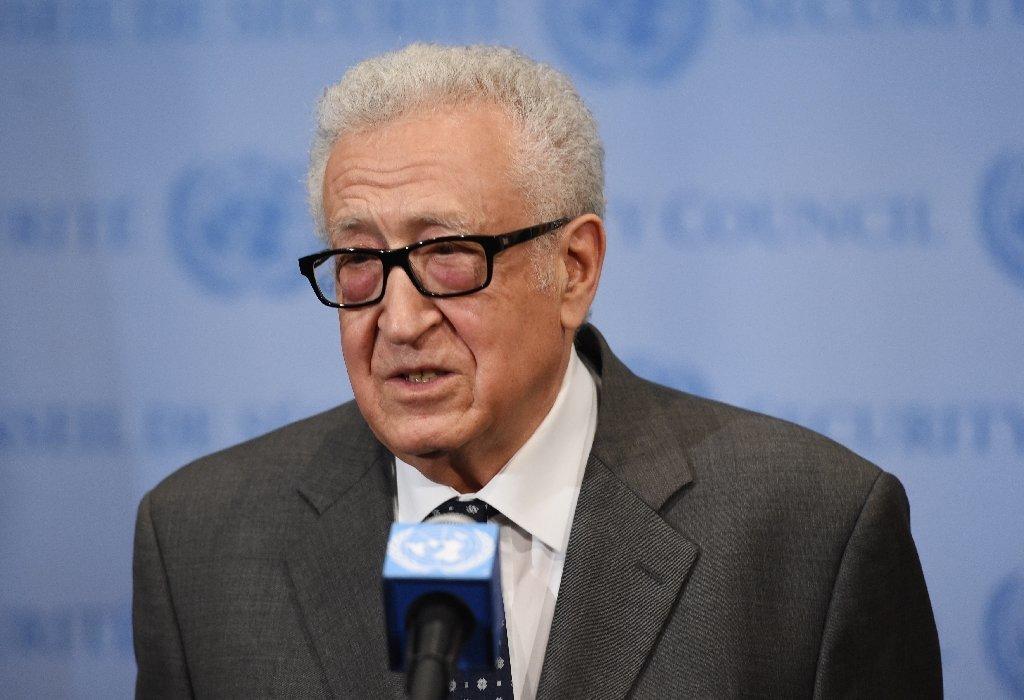 Lakhdar Brahimi : le changement réclamé par les Algériens est légitime, évitons qu'il ne se fasse dans le