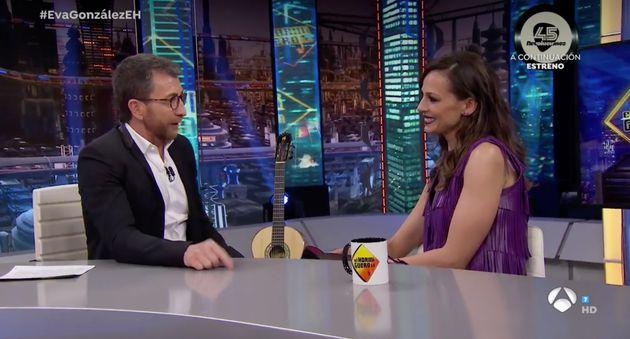El divertido corte de Eva González ('La Voz') a Pablo Motos en 'El Hormiguero' (Antena