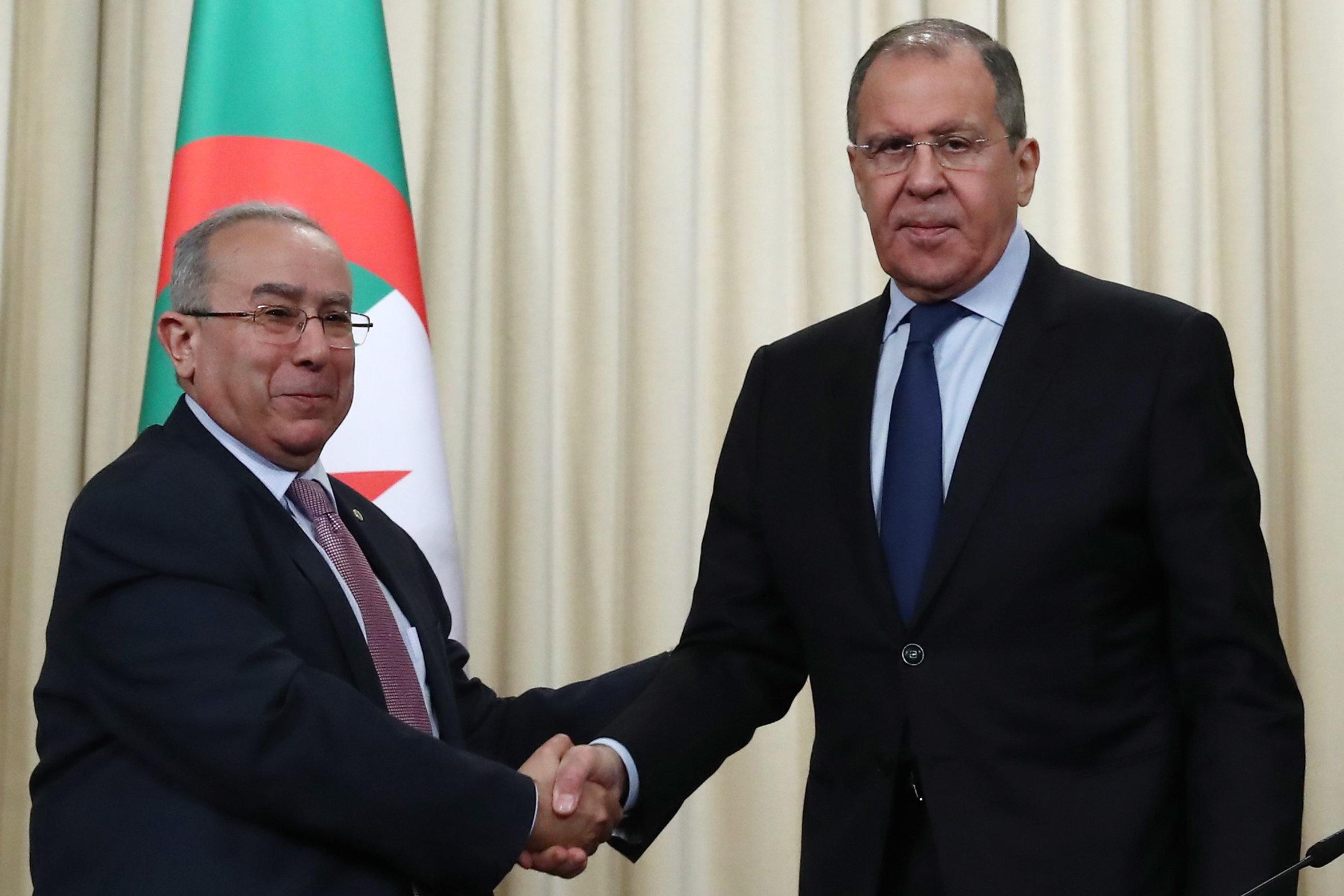 """Conférence de presse conjointe Lamamra et Lavrov: """"C'est au peuple algérien de décider de son"""
