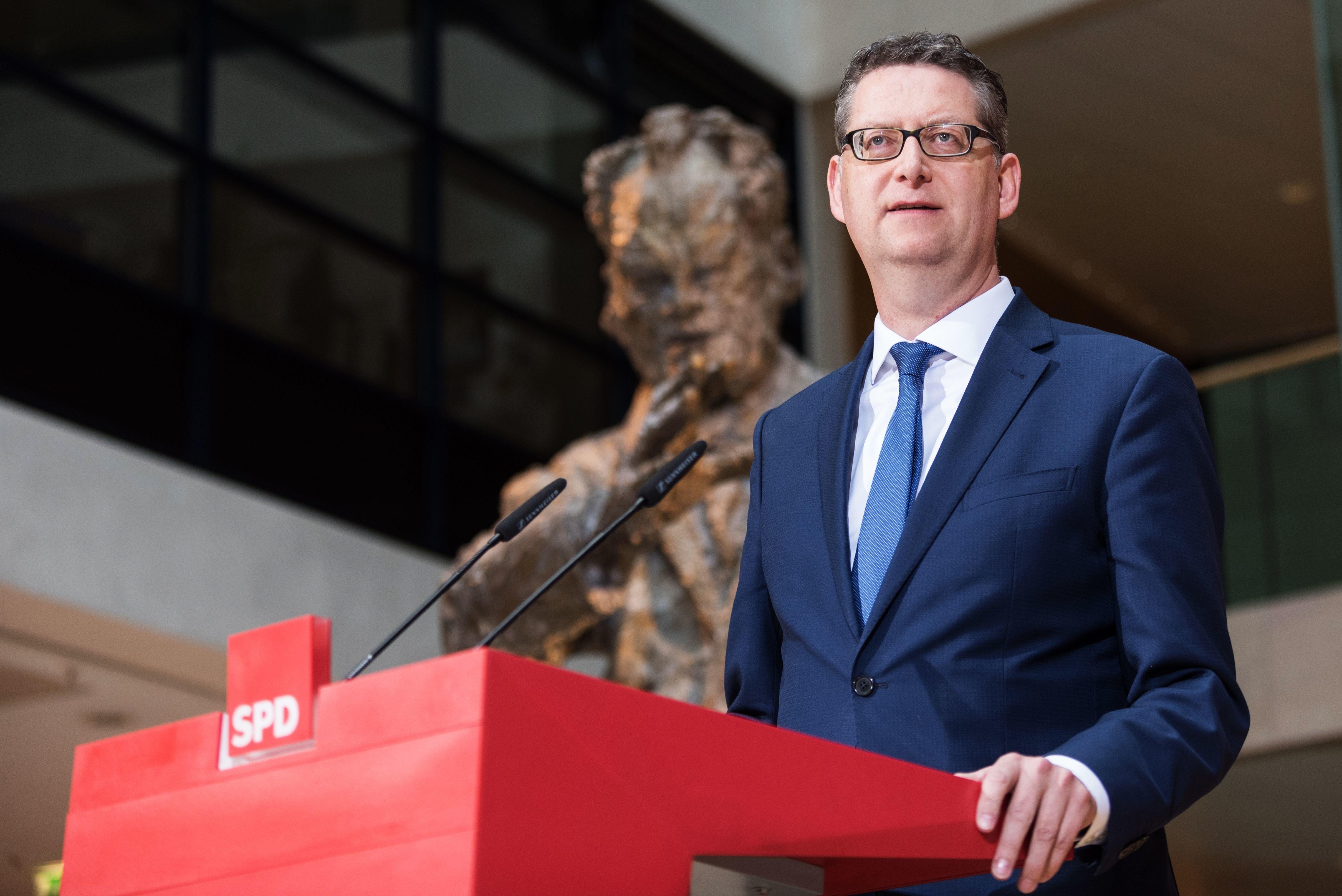 Hessens SPD-Chef Schäfer-Gümbel zieht sich aus Politik