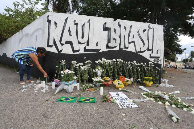 O ataque na escola estadual Raul Brasil, em Suzano, que resultou em 10 mortes, ocorreu na manhã...