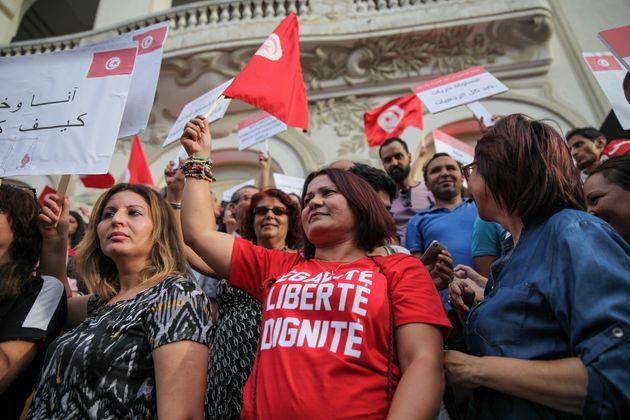 Fête de l'indépendance: Appel à une marche pour l'État civil et le service