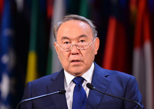 Face à une gronde sociale grandissante, le président kazakh démissionne après près de 30 ans au