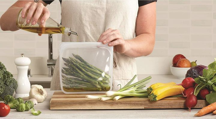 Here's Why Silicone Food Storage Bags Deserve A Spot In Your Kitchen