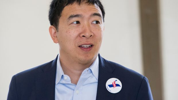 Andrew Yang, a candidate in the Democratic primaries for president, arrives at a town hall meeting sponsored by the Euclid chapter of the NAACP at Christ Lutheran Church in Cleveland, Sunday, Feb. 24, 2019. (AP Photo/Phil Long)
