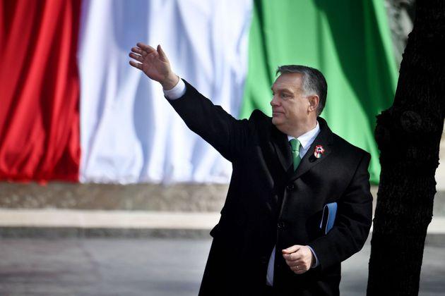 ¿Quién es Viktor Orbán y qué importa que esté dentro o fuera del