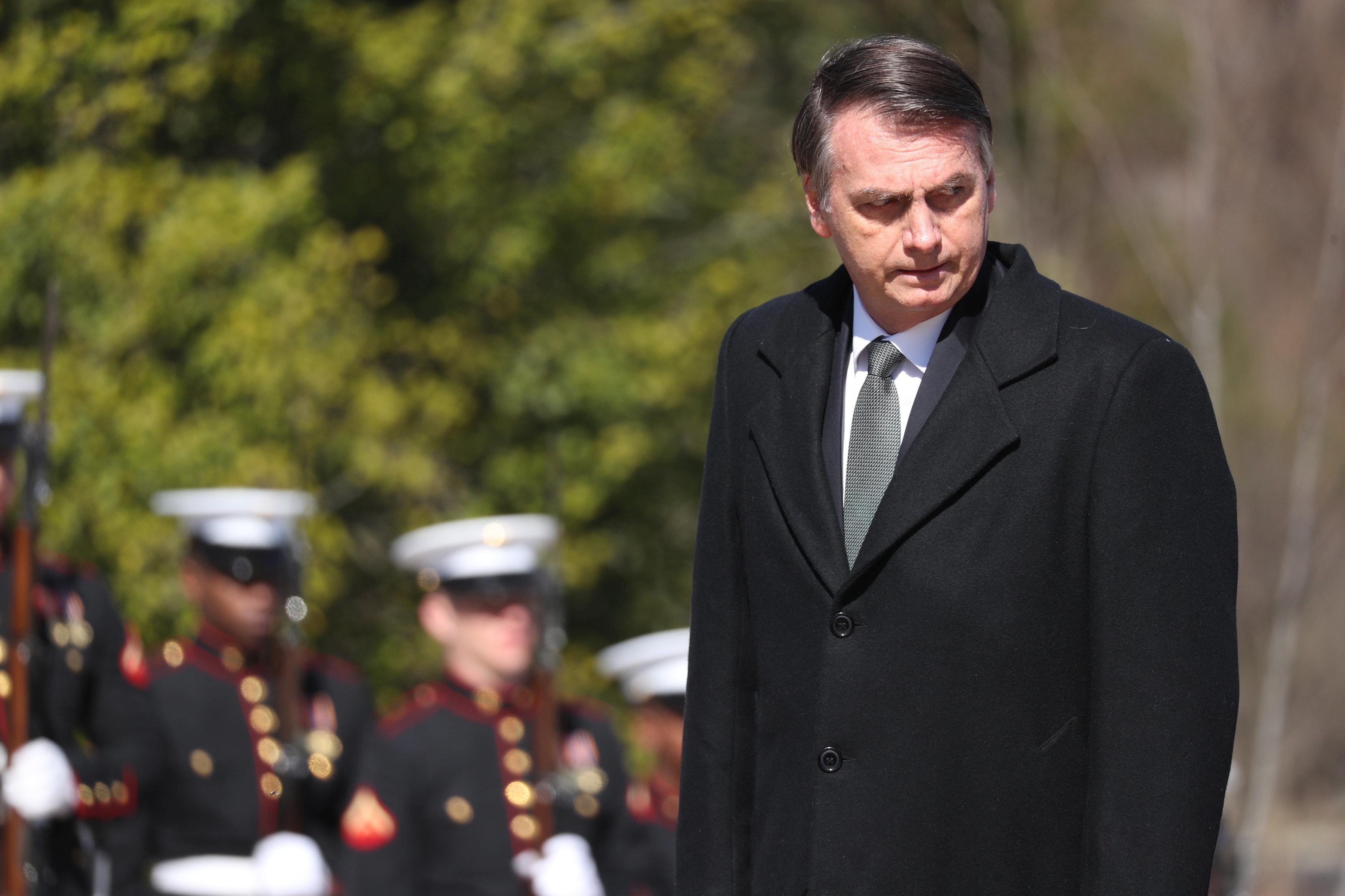 Bolsonaro recua e pede perdão por ter afirmado que 'maioria dos imigrantes não tem boas