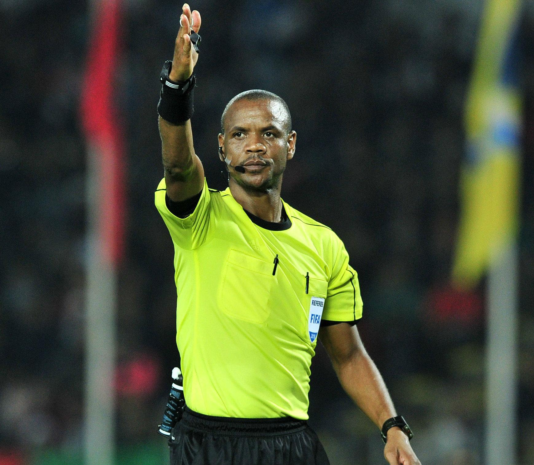 Un arbitre zambien pour officier le match