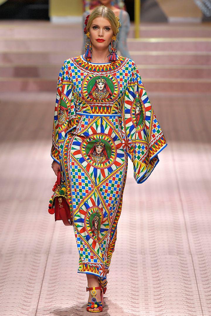 Στο catwalk της επίδειξης τωνDolce & Gabbana