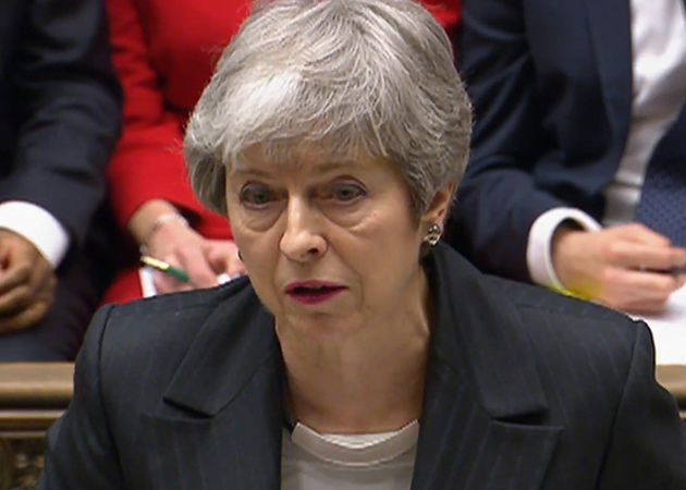 May pide a la UE una prórroga del Brexit hasta el 30 de