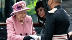 Βασίλισσα Ελισάβετ και Κέιτ Μίντλετον: Και τώρα οι δυο