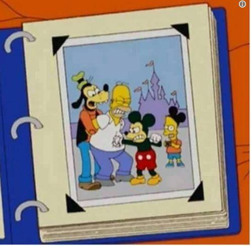 Ο Μίκι Μάους συναντάει τους Σίμσον μετά την εξαγορά της Φοξ από την
