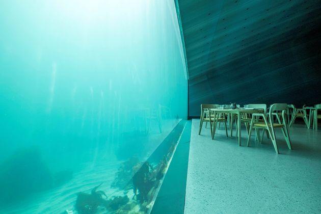 Το πρώτο υποθαλάσσιο εστιατόριο της Ευρώπης άνοιξε και είναι