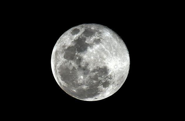 Las claves para disfrutar de la última superluna de 2019: la luna llena de