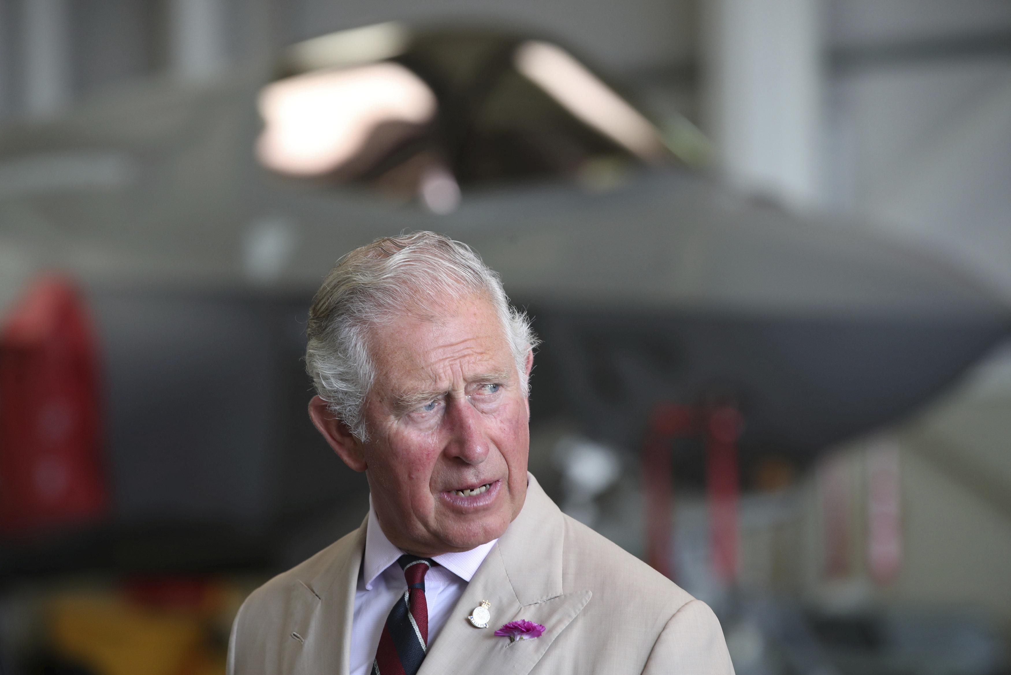 Las fotos del príncipe Carlos de las que todo el mundo está