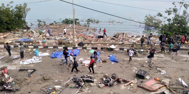 Indonésie: Le séisme et le tsunami qui ont frappé les Célèbes ont fait des dizaines de