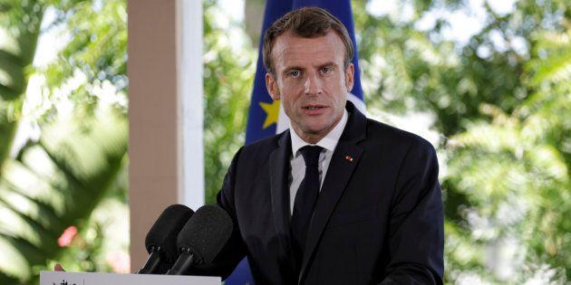 Emmanuel Macron pose un ultimatum aux bailleurs sociaux de Saint-Martin, un an après