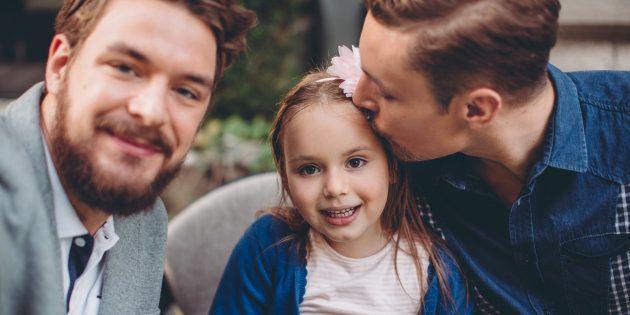 Faire son coming out auprès de ses enfants est angoissant, mais cela peut très bien se