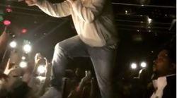 En plein concert, Drake menace un homme qui tripote des