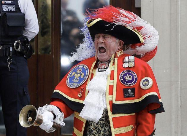 Royal Baby 3: l'imposteur-crieur a encore frappé en annonçant la