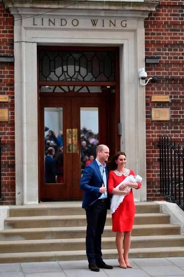 Kate Middleton et le prince William ont présenté leur nouveau