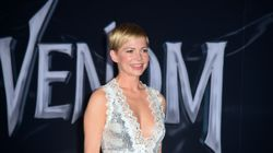 Michelle Williams pimpante sur le tapis rouge de