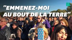 Pendant l'hommage national à Aznavour, la foule a chanté ses plus grands