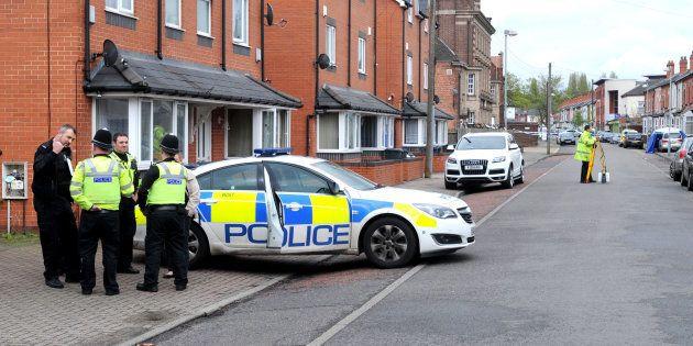 Birmingham: deux hommes renversés devant une mosquée, la piste terroriste