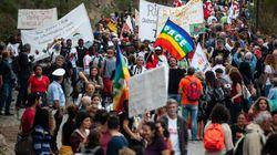Des milliers de personnes réclament la libération d'un célèbre maire pro-migrants en